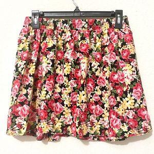 📣 Forever 21 Floral Skirt